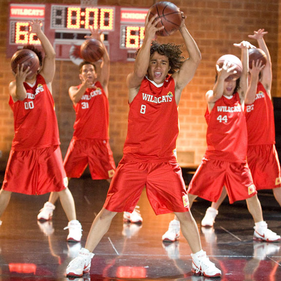 DISNEY'S HIGH SCHOOL MUSICAL 2